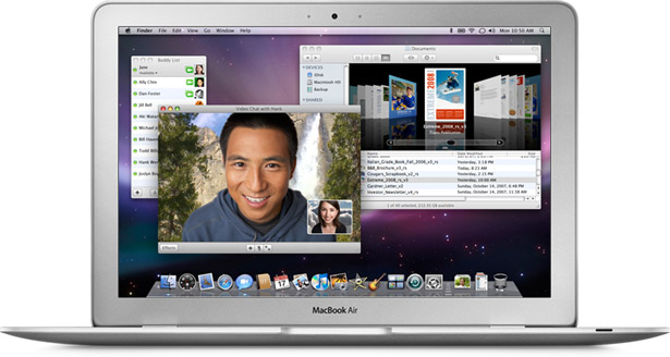 Macbook_air_amazingly_thin